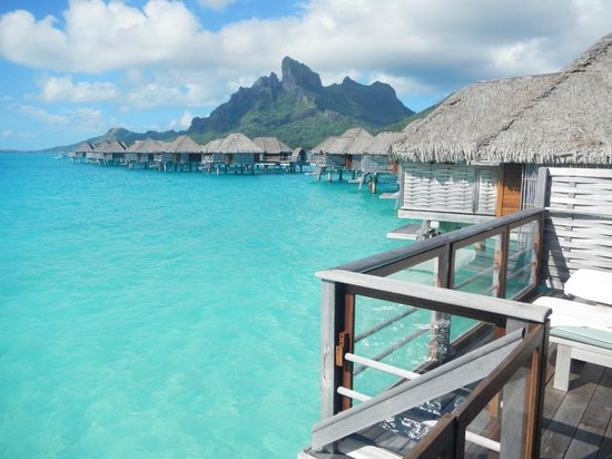 Four Seasons Resort Bora Bora: Desde el deck de la habitacion