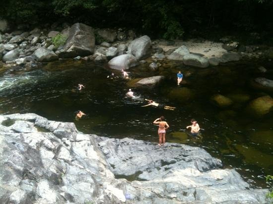 Mossman Gorge: enjoying the refreshing water!