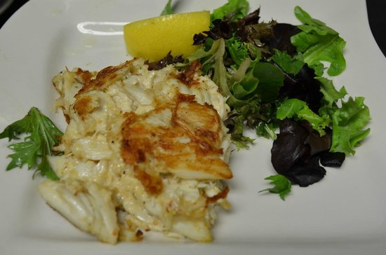 Cap's Place: Jumbo Lump Crabcakes Beyond Compare