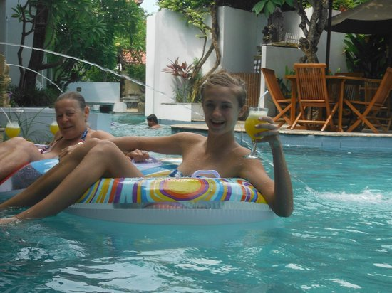 كواتا لاجون ريزورت آند بول فيلاز: The Pool 