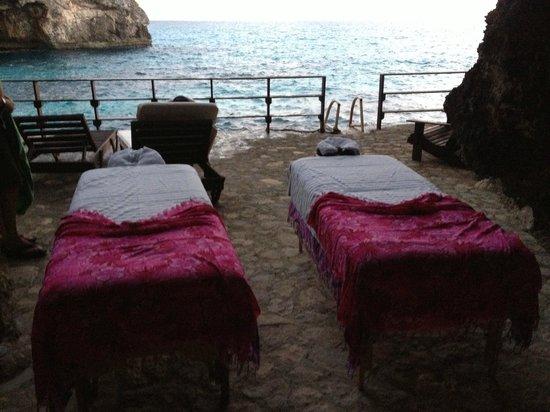 Villas Sur Mer: Couples massage at sunset 