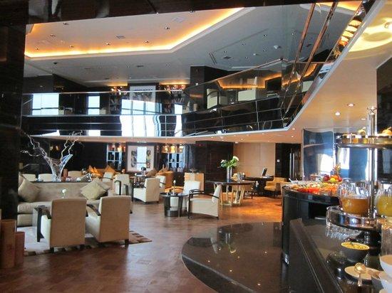 Fairmont Cairo, Nile City: Fairmont Gold Club Lounge, Fairmont Nile City - Cairo