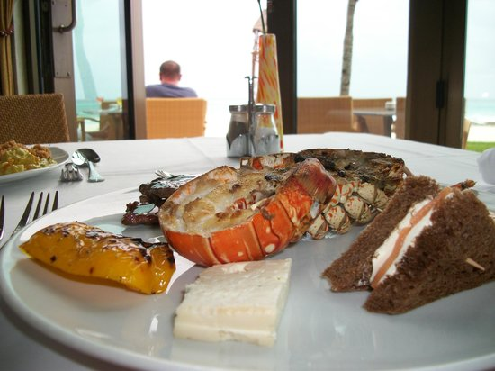 Iberostar Grand Hotel Paraiso: lunch buffet