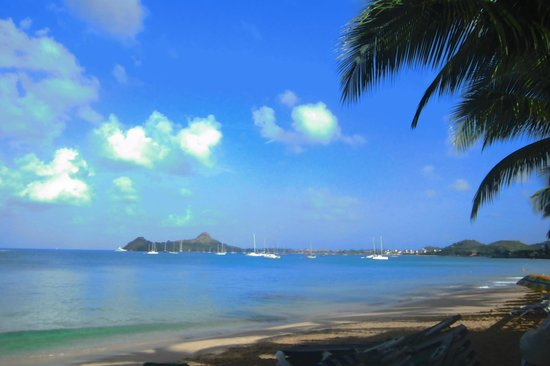 St. Lucian by Rex Resorts: a sunny day at reduit beach!