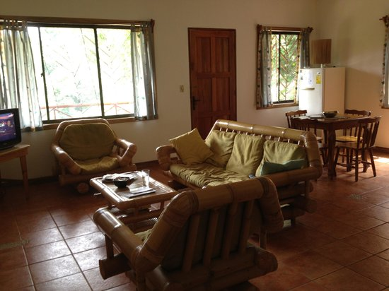 Manuel Antonio Estates: Living room