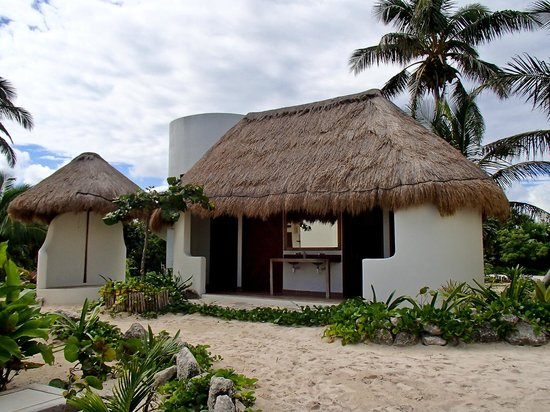 Almaplena Eco Resort & Beach Club: Bathrooms and Showers