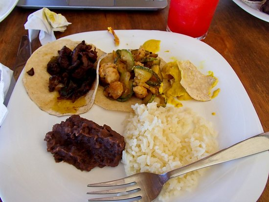 Almaplena Eco Resort & Beach Club: Lunch