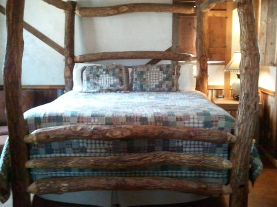 Country Inn & Cottages: Our room #7