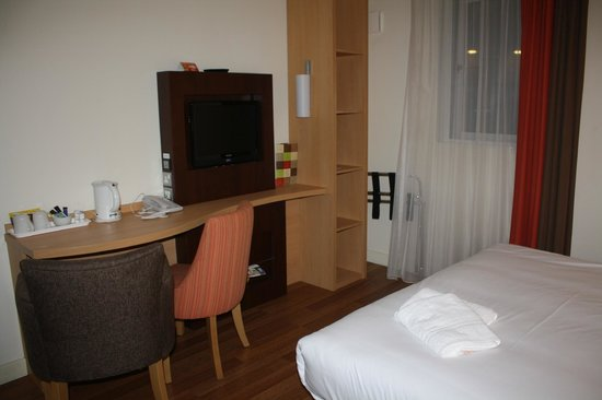 Ibis Belfast City Centre: Room