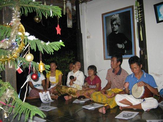 Gedong Gandhi Ashram: christmas celebration