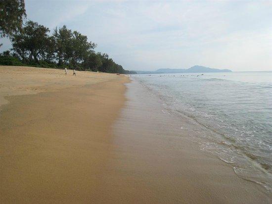 Anantara Mai Khao Phuket Villas: Beach