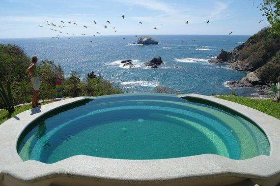 Heven : Infinity Pool