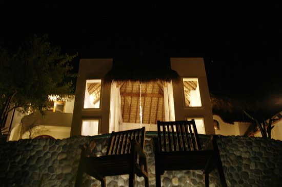 Heven: Palapa at night