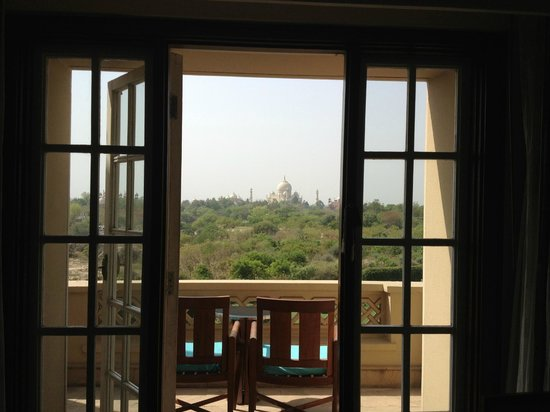 The Oberoi Amarvilas: private balcony