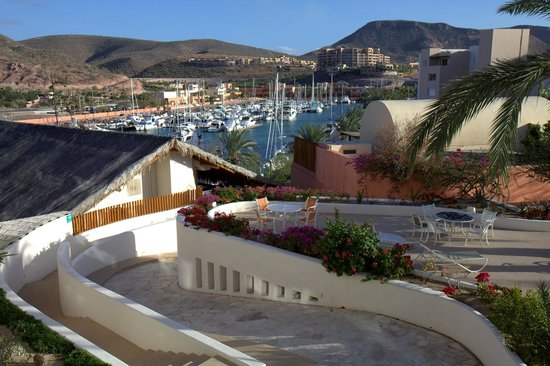 CostaBaja Resort & Spa: Costa Baja owns their own marina and 2 pools