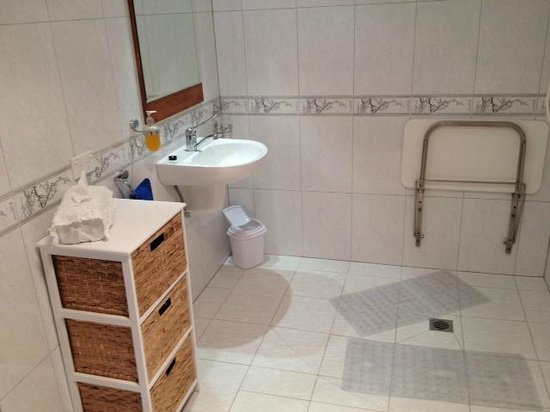 Island Eden: disabled facility bathroom