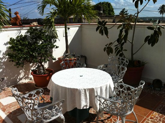 Hostal OCM Versalles: This is where you can have breakfast