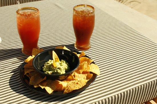 Encuentro Guadalupe: Poolside Snack 