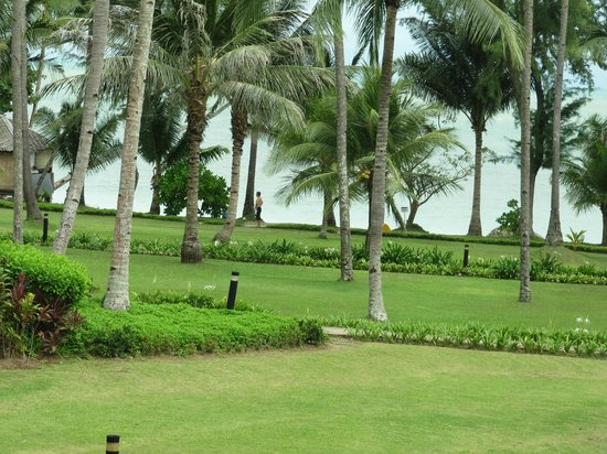 Nirwana Gardens - Nirwana Resort Hotel: Hotel grounds - view from room