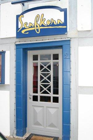 Senfkorn: Eingang