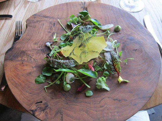 The Tasting Room at Le Quartier Francais: Salad Entree
