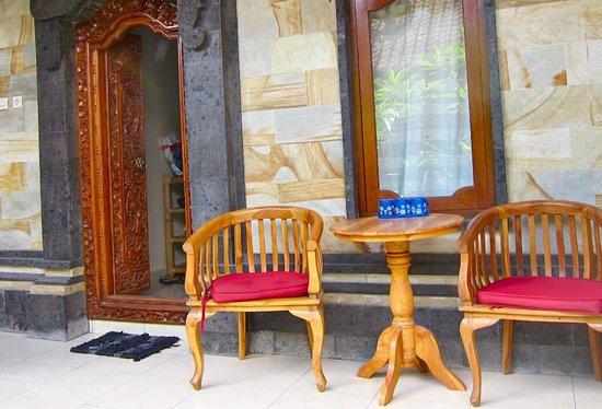 Jangkrik Homestay: Our veranda