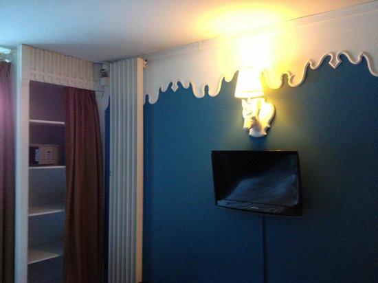 Club Med Chamonix Mont-Blanc: La chambre avec la télé