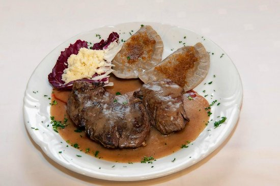 "Hotel-Pension Tripic: Beefsteak with Bohinj cheese ""mohant"" and Bohinj buckwheat ravioli"