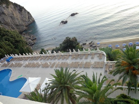 Mayor La Grotta Verde Grand Resort: View from room of pool
