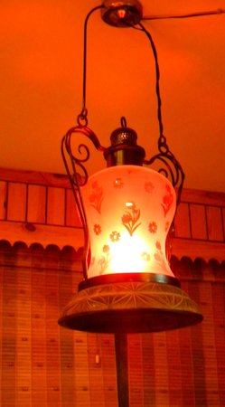 Sojourn Homes & Cottages: light on the dining table