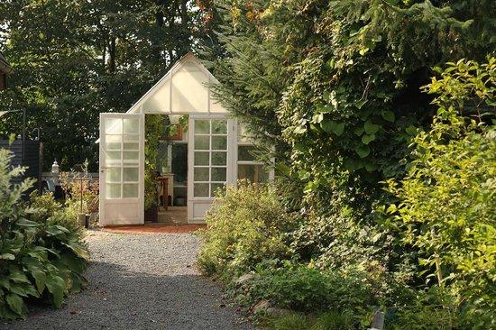 Bed & Breakfast Horsens: Greenhouse