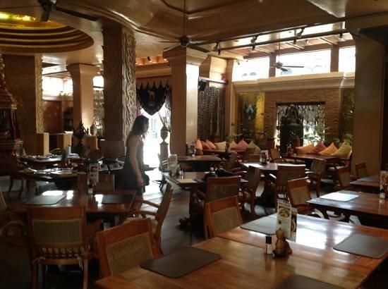 The Baray Villa: restaurant