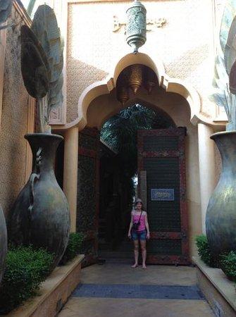 The Baray Villa: entree privee baray villa