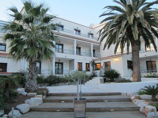 Van Der Valk Hotel le Catalogne: vue extérieure