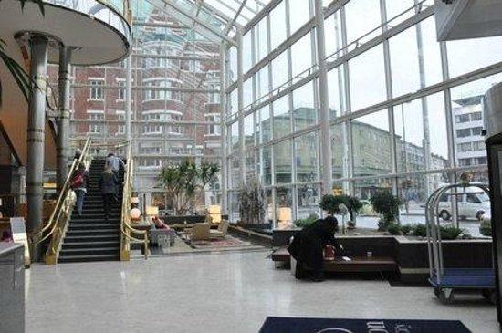 Scandic Triangeln: lobby