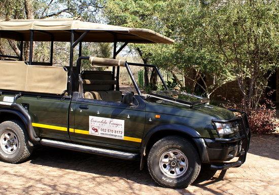 Crocodile Kruger Safari Lodge: Game vehicle
