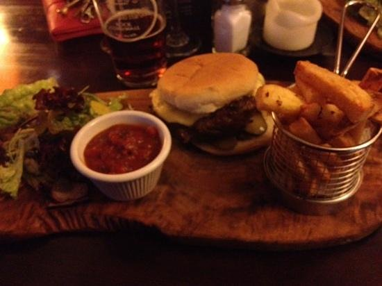 The Foresters Pub and Restuarant: Kobe Burger (sorry for poor quality)