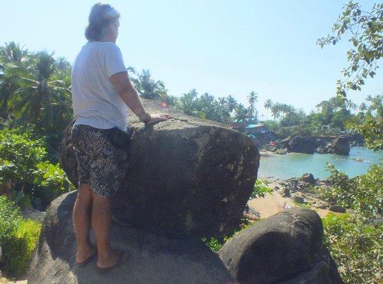 Big Fish La Raja: next beach over the small hill