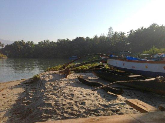 Big Fish La Raja: walk to the north side of palolem beach