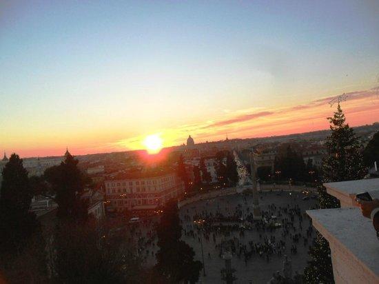 Roma al tramonto dalla terrazza del Pincio - Foto di Monte Pincio ...