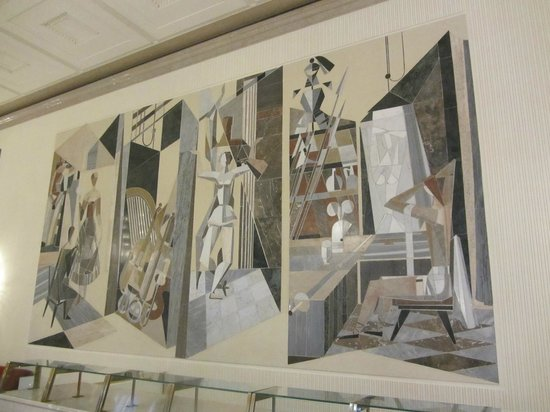 Opera of Vienna Guided Tour: Marble Mural on the Wall