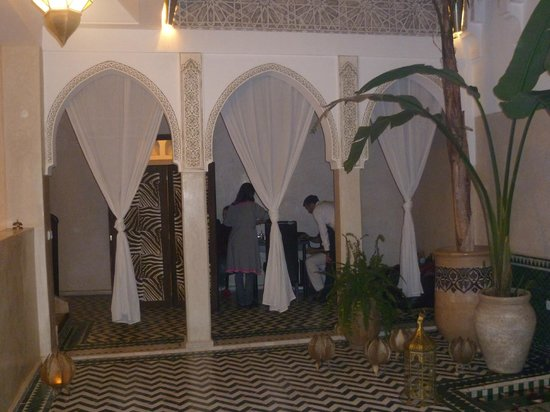 Riad Aguaviva: Recepción