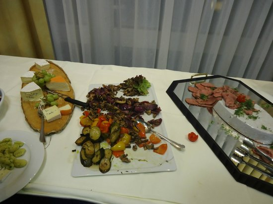 Holiday Inn Muenchen Unterhaching: Il mix dei contorni