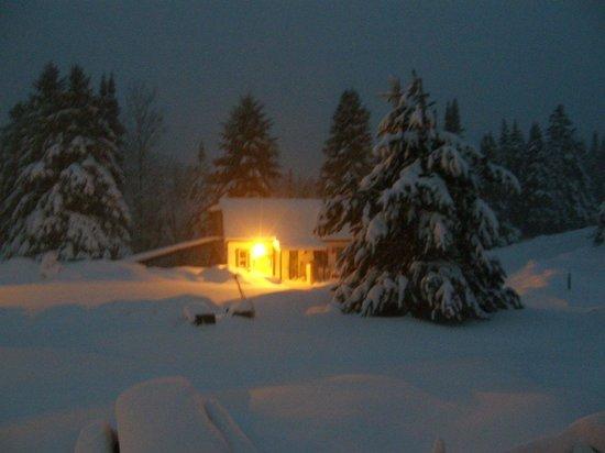Evasion Gite et Refuges: Neige au petit matin...