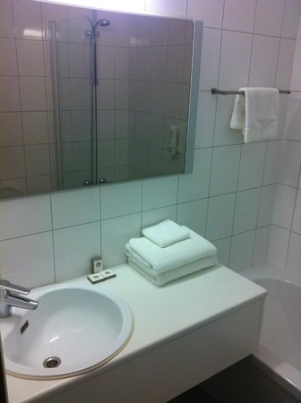 BEST WESTERN Hotel De Korenbeurs: Badkamer