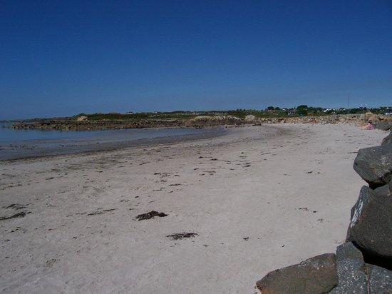 An Caladh Gearr Thatch Cottage B+B : Our local beach, 10 minutes walk