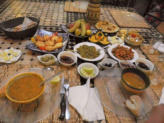 Riad Zelaka: soupe marocaine