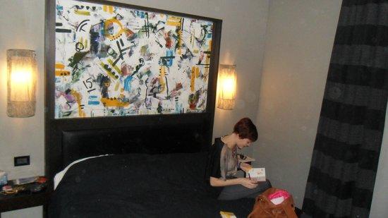 Twentyone Hotel: The room