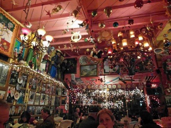 Olamendi's Mexican Restaurant: the restaurant ceeling