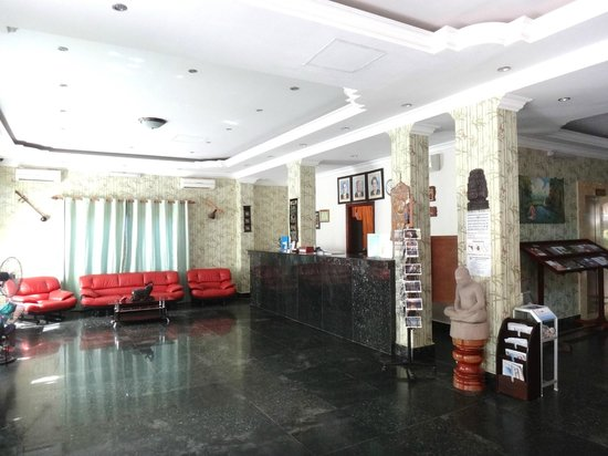 Parklane Hotel: Reception